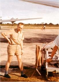 In Albertville Capt. Gösta Almgren looks after refueling of C 46 SE-CFE. Photo: Transair Sunjet Set picture archives